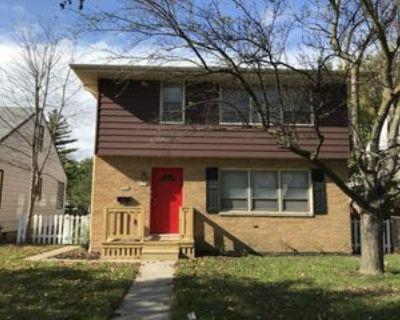 5745 N 91st St #UPPER, Milwaukee, WI 53225 3 Bedroom Apartment