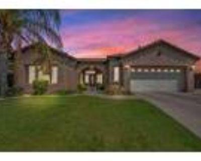 Beautiful Home In River Oaks - RealBiz360 Virtual Tour