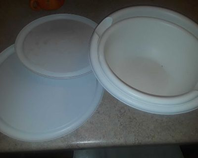 Sterile mixing bowls with lids