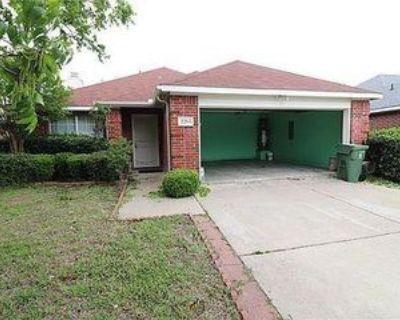 2205 Sophie Ln, Arlington, TX 76010 3 Bedroom House