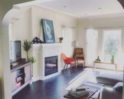 941 N Croft Ave, Los Angeles, CA 90069 2 Bedroom Apartment