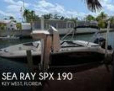 19 foot Sea Ray SPX 190