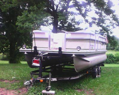 2004 harris float boat pantoon boat with 2008 karavan boat trailier