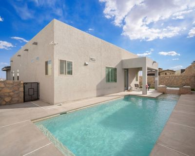 Three Trees Saltwater Pool Place-Heated Pool - El Paso County