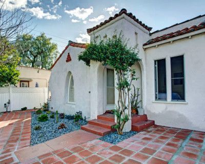Classic Spanish Bungalow, North Hollywood, CA