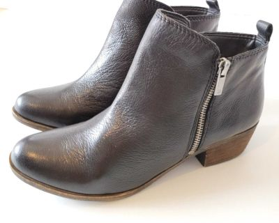 Lucky Brand Basel Black Leather Ankle Boots Size 10.