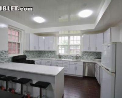$800 5 apartment in Flushing