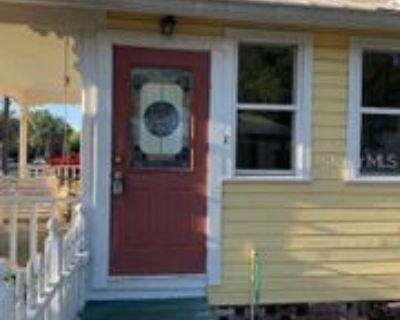333 S Grove St #B, Eustis, FL 32726 2 Bedroom Apartment