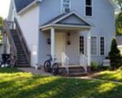 615 Hudson Street #1/2, Eau Claire, WI 54703 2 Bedroom Apartment