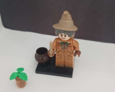 Lego Harry Potter Minifigure Series 2 Madam Pomfrey