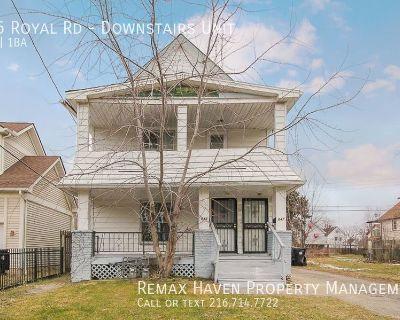 845 Royal Rd. Downstairs Unit, Cleveland - Duplex - 2 bed 1 bath DN un