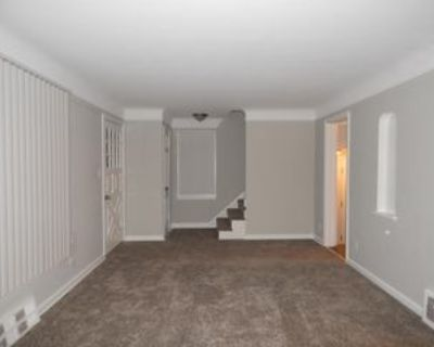 18408 Raymond St #1, Maple Heights, OH 44137 3 Bedroom Apartment