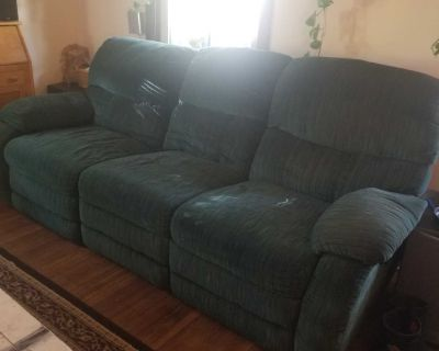 Free dual reclining couch