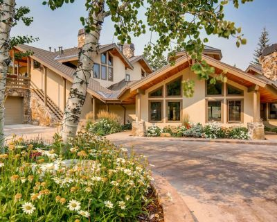 Deer Valley condo w/ sauna & shared hot tub, pool table, & outdoor pool! - Park City
