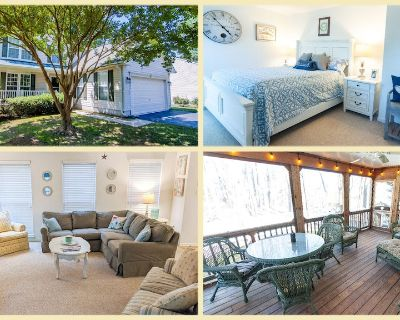 Relax in a Spacious Environment!, Game Room, Outdoor Shower, Bikes, Pond, Grill - Ocean View