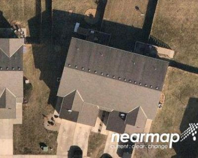 2 Bed 3 Bath Preforeclosure Property in Kansas City, KS 66109 - Everett Ct