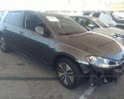 Salvage Gray 2017 Volkswagen E-golf