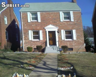 $3500 3 single-family home in Northeast