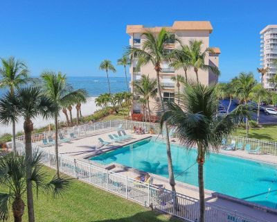 1B/1B Gulf Front Condo With Lovely Views Balcony at Bargain Price! - South Island
