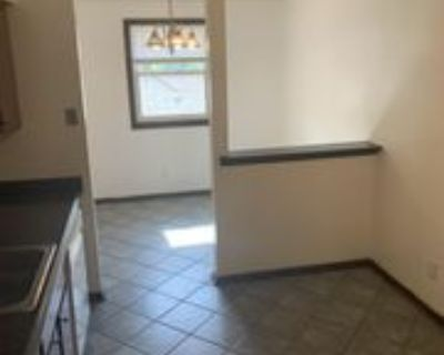 425 West Lawrence Avenue - 6 #6, Springfield, IL 62704 2 Bedroom Apartment