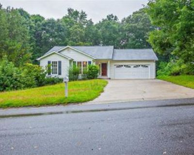 5355 Highpoint Rd, Flowery Branch, GA 30542 3 Bedroom Apartment