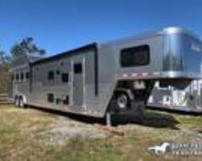 2022 Cimarron Norstar 4 Horse 15'8 Outback Living Quarters 4 horses