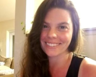 Melissa, 31 years, Female - Looking in: Denver CO
