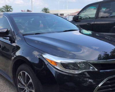 2018 Toyota Avalon XLE