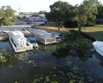 2009 Harbor Home Houseboat Floating Home