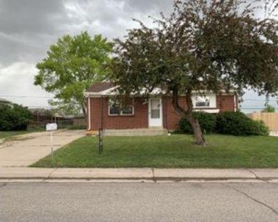 2141 E 119th Pl, Northglenn, CO 80233 3 Bedroom Apartment