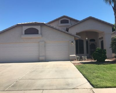 Woman owns 3 bedroom 2 bath house looking for Male roommate Gilbert Az $725 month.Use of pool laundry