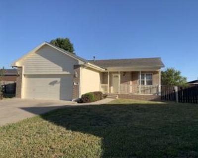 1702 S Justin Cir, Wichita, KS 67207 5 Bedroom House