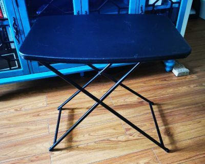 Cosco personal folding table *used, good condition*
