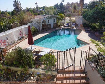 Tarzana Oasis w/ Pool, Basketball, Tennis court, Separate spa w/ waterfall, Pool Table, Tarzana, CA