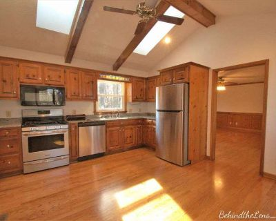 Yorktown Colonial (Woodlake) For Sale 3/3