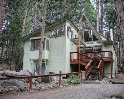 2 Brooks - Walk To Town, Seasonal Stream, Awesome Back Deck & Cool Architcture - Idyllwild