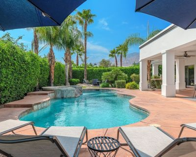 NEW LISTING, 2021-New Furniture, All En-Suite, Saltwater Pool & Spa, Fire Pit - Palm Springs