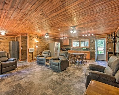 NEW! Fawn Lodge at Wilson's Paradise Lodging! - Benezette Township