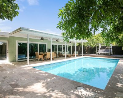 Inviting Home Near the Ocean W/private Outdoor Pool, Deck, and gas Grill - Midtown