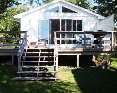 Summer Vacation Cottage - Portsmouth