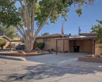 2800 Wisconsin St Ne, Albuquerque, NM 87110 4 Bedroom House