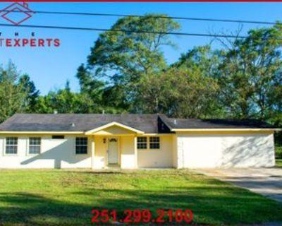 3016 Farcott St #1, Mobile, AL 36606 4 Bedroom Apartment