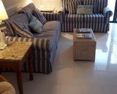 Beautiful two bedroom, two bath condo 5 minutes from the ocean - Bethany Beach
