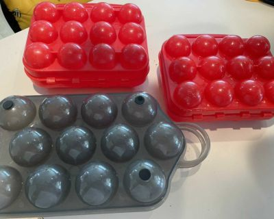 3 plastic Egg storage containers