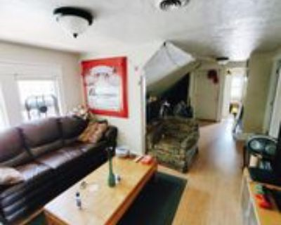 2561 N Prospect Ave #2561A, Milwaukee, WI 53211 3 Bedroom Apartment