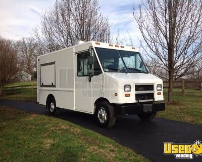 Used 2006 12' Ford Utilimaster Step Van Kitchen Food Truck/Mobile Food Unit