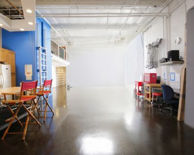 Video/Photo Production Creative Studio Space in Marina del Rey area. Full kitchen set; close to LAX, Silicon Beach, Playa Vista, and Beach's, Los Angeles, CA