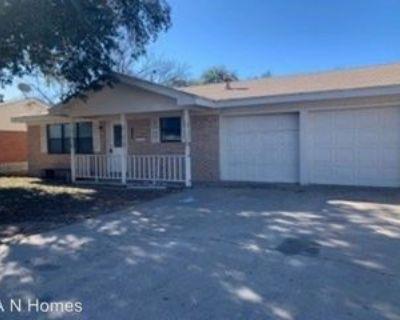 1207 S Ike Ave, Monahans, TX 79756 4 Bedroom House