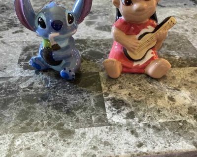 Stitch salt and pepper shakers