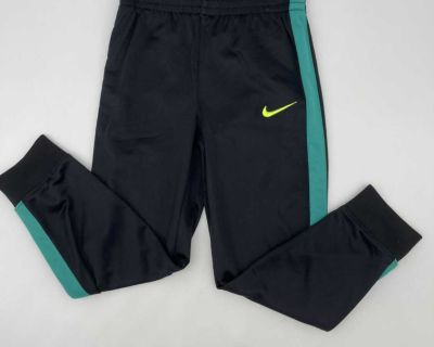 Nike Sports Active Gym Pants- Very Nice Condition- Size 5-6